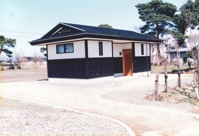 春日山ゲートボール場トイレ建設工事 (2)